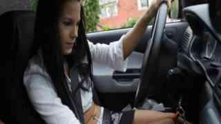 หนังโป๊ฝรั่งคู่รักสาวสวยขับรถอยู่ดีๆเกิอาการเสี้ยนเลยจอดรถเย็ดกันข้างทาง
