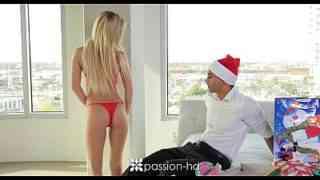 ฉลองวันคริสต์มาส ด้วยการเย็ดแฟน – หนังโป๊ porn xxx ฟรี