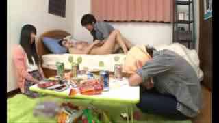 AVญี่ปุ่น2018 เย็ดหีแฟนเพื่อนสาวน่ารัก นมอย่างโต มอมเหล้าให้หลับแล้วเล่นเซ็กกระเด้าหีรัวๆแบบใส่ไม่ยั่ง