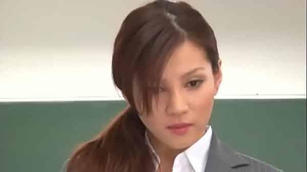 หนังAv คุณครูครับพวกผมรักครู แนวคุณครูสาวสวยญี่ปุ่นโดนนักเรียนหนุ่มเย็ดสวิงกิ้ง