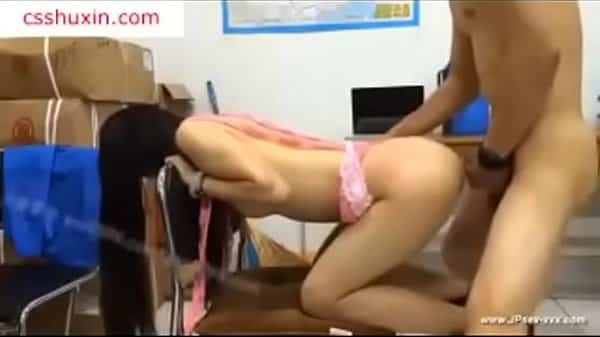 อาจารย์ล่อเย็ดกับนักศึกษาในห้องเก็บลูกบาส