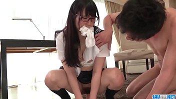 หนังโป๊ญี่ปุ่นAVเย็ดกับเด็กเนิสไส่แว่น วัยุร่นใจแตกแอบอึ๊บกับคนรู้จัก ดูหนังโป๊ เสียบหีสาวหนูมาเลยพี่ ช่วงนี้เครียดตกเบ็ดบ่อย