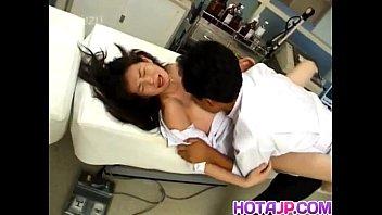 หมอใหญ่เย็ดข่มขืนพยาบาลใหม่ ดูหนังเอ็กแล้วเห็นพยาบาลใหม่สาวสวย หุ่นxxxน่าเย็ด